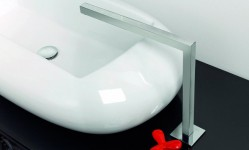 fark-ve-tarz-arayanlara-ozel-bir-banyo-tasarimi-11