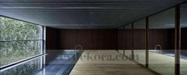 orjinal-ve-kendine-has-bir-villa-dizayni-11