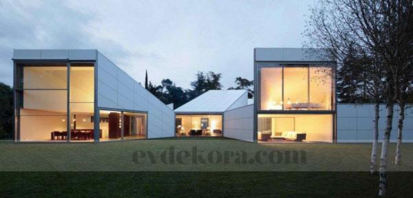 orjinal-ve-kendine-has-bir-villa-dizayni-5